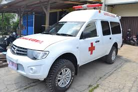 mitsubishi strada 2016 transambulans indonesia 6 dijual ready stock ambulance deluxe