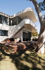 deck in canopy house design by luigi rosselli architects