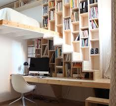 bureau en mezzanine vue de la bibliothèque bureau escalier architecture space