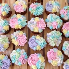 cupcakes for baby shower girl baby shower cupcakes prettycupcakes buttercreamflowers