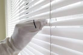 Best Way To Clean Venetian Blinds Dawn And Vinegar For Cleaning Blinds With Pictures Ehow