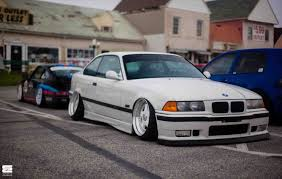 bmw e30 stanced bmw e30 stanced white spider cars