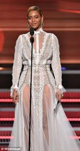 beyonce singer wore a wedding gown to the grammys relationships