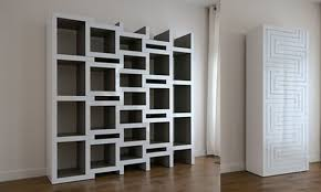 ceiling to floor traditional white wooden corner open shelves