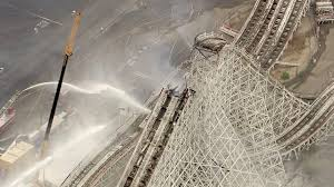 Six Flags In California Address Magic Mountain U0027s Colossus Roller Coaster Catches Fire Peak