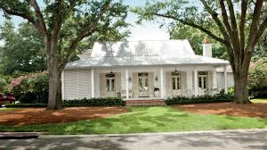 Farmhouse House Plans Tour The 2015 Charlottesville Idea House Southern Living Youtube