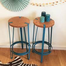 mobilier de bistrot tabouret de bar tripode bois métal bleu pétrole domitille