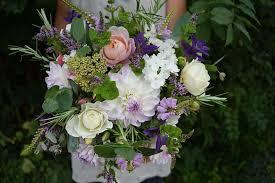 wedding flowers gloucestershire organic blooms seasonal wedding flowers