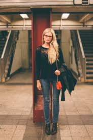 Amber Fillerup by Casual In Glasses Barefoot Blonde By Amber Fillerup Clark