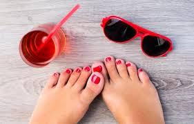 how to remove gel nail polish at home the non toxic way kat juju