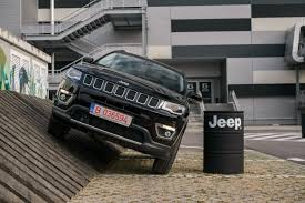 vw jeep again looking at driven 2017 jeep compass 4x4 2 0 diesel 9at autoevolution