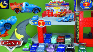 Plan Toys Car Garage by New 2017 Disney Cars Lightning Mcqueen Toys Piston Cup Racing
