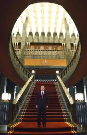 erdogan u0027s folly billions for a palace 30 times bigger than the