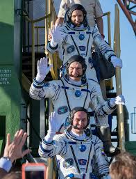 russian us and italian crew launches for space station on soyuz