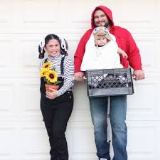 mom dad and baby costumes for halloween baby carrier halloween costumes popsugar moms