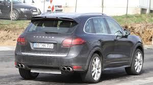 2011 Porsche Cayenne Turbo - 2012 porsche cayenne turbo s spied for first time