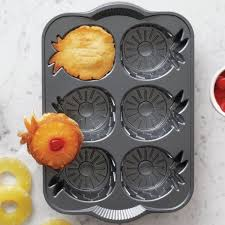 best 25 mini pineapple upside down cakes ideas on pinterest