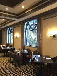 breakfast room tables with a leafy view picture of