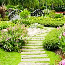 amenagement jardin moderne création d u0027allées de jardin avec des dalles et pas japonais