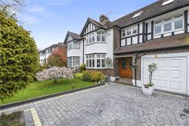 5 bedroom house for sale in nevin drive chingford london e4 5 bedroom house for sale in nevin drive chingford london e4 ellis and co