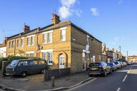 One Bedroom Flat For Sale In Hounslow Houses For Sale In Twickenham Latest Property Onthemarket