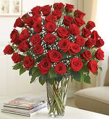 How To Take Care Of Flowers In A Vase The Care And Handling Of Roses 1800flowers U0027 Petal Talk