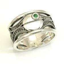 Star Wars Wedding Rings by 10 Nerdy Wedding Rings Offbeat Bride