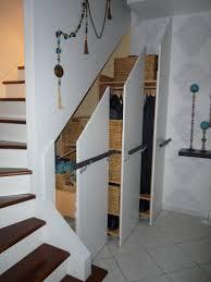 Placard Sous Escalier Avec Tablettes Placard Sous Escalier Avec Tablettes Collection Et Porte Sous
