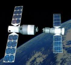 salyut 7 civilian space station with soyuz and progress craft