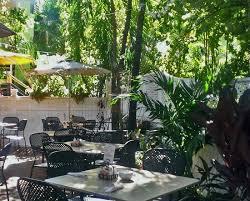 Backyard Restaurant Key West Croissants De France And Le Bistro Key West Restaurant Reviews