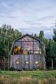 Barns Turned Into Homes by Best 25 Barn Homes Ideas Only On Pinterest Barn Houses Cozy