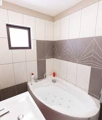 badezimmer rot uncategorized geräumiges badezimmer rot grau bilder 3d interieur