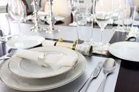 table setting dinner interiors design