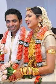 hindu wedding attire what to wear at a keralite hindu wedding sri sankara matrimony