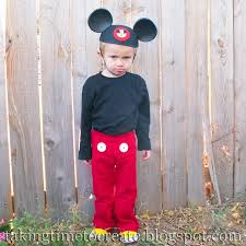mickey and minnie mouse halloween costumes for toddlers taking time to create a simple mickey mouse costume