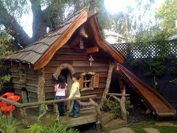 Backyard Play Houses by 25 Best Rustic Kids Playhouses Ideas On Pinterest Rustic