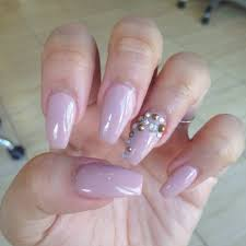 simple but cute nails but nails art