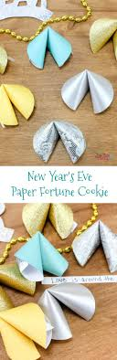 new year s fortune cookies new year s paper fortune cookies craft just plum