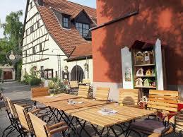 Wohnzimmer W Zburg Fr St K Ferienwohnung Das Vogelhaus Deutschland Sommerhausen Booking Com