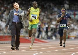 Leonardo Dicaprio Walking Meme - image 69809 strutting leo know your meme