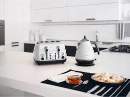 4 Slice Toaster White Delonghi Icona Elements 4 Slice Toaster White Toasters Small