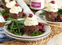 mini meatloaf cupcakes with cranberry relish glaze