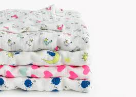J Crew Bedding Aden And Anais J Crew Muslin Blankets Are A Hit
