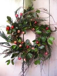Decorating Fresh Christmas Wreaths by Christmas Wreath For Front Door Holiday Wreath With Pinecones