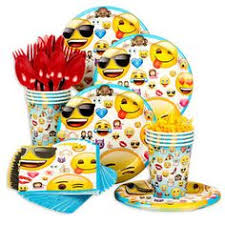 emoji birthday party centerpieces emoji centerpieces pinterest