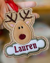 in the hoop reindeer merry tag tree ornament applique
