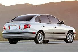 2003 hyundai elantra hatchback 2005 hyundai elantra overview cars com