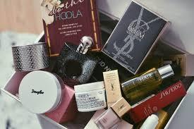 si e social guerlain december giveaway w douglas laurent benefit shiseido cloud