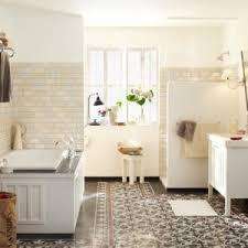 mediterrane badezimmer modern mediterrane badezimmer fliesen bunt fr badezimmer ziakia