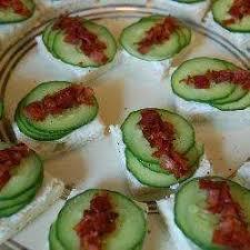 recette canape recette canapés au concombre et prosciutto toutes les recettes
